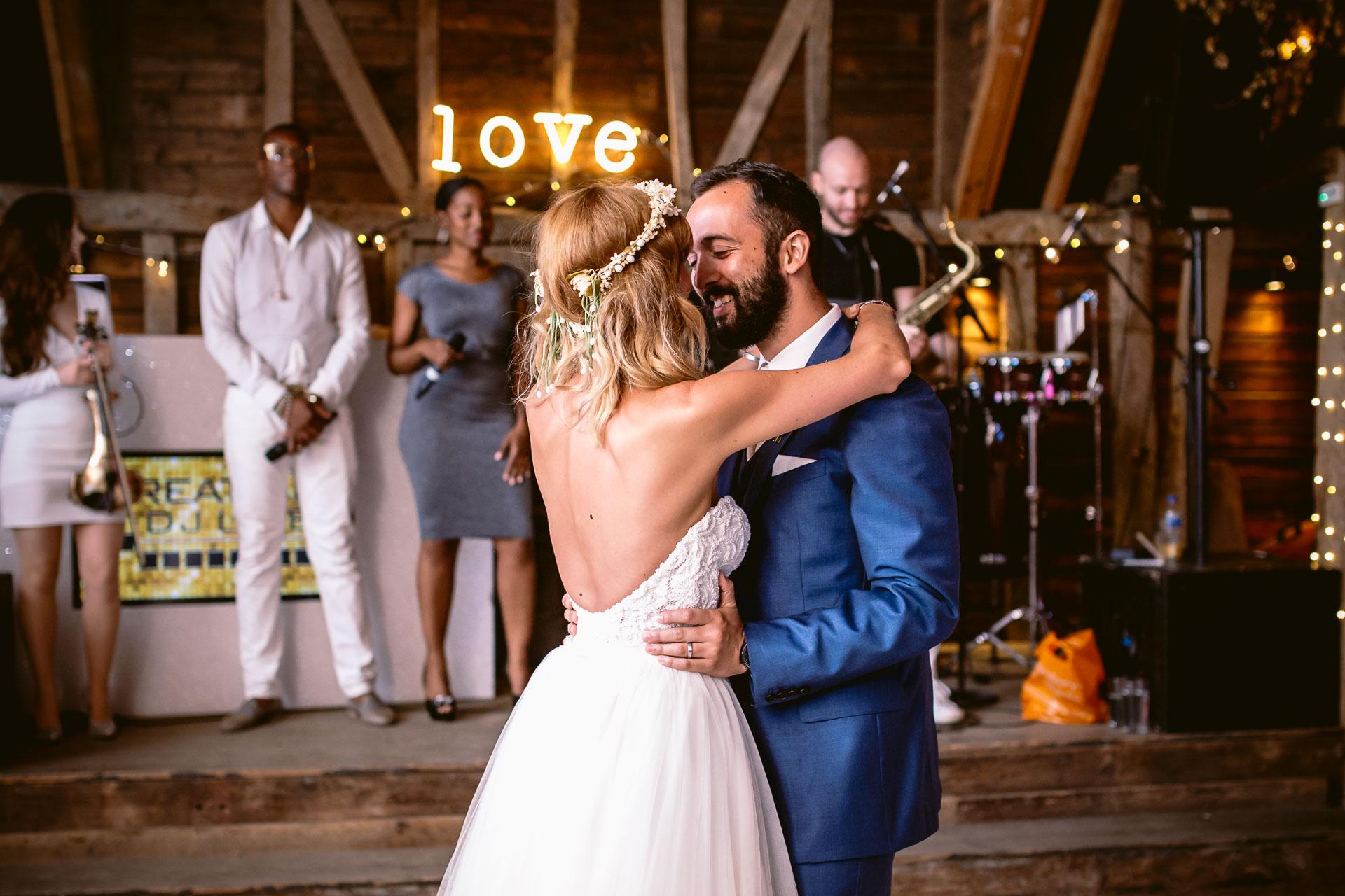 preston court boho wedding alexia and dan bride and groom dancing on the dance floor first dance