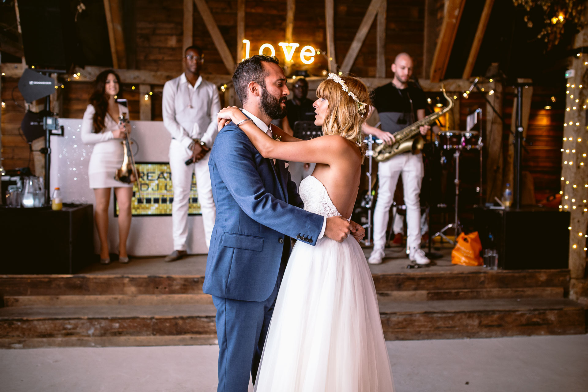 preston court boho wedding alexia and dan bride and groom first dance